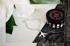 Need a new travel accessoire? Check out the gorgeous airplane-charm by Thomas Sabo - now on www.modewahnsinn.de