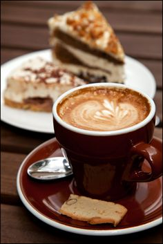 Lovely breakfast, tea-time, after-lunch dessert, after-dinner dessert, ALL DAY package! Good Morning Coffee, Coffee Break, Coffee Time, Tea Time, Amazing Food Photography, Coffee Photography, Coffee Latte, I Love Coffee, Photo Café