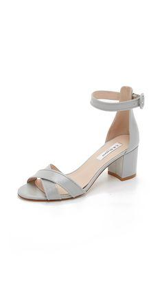 Bennett sandals styled with a crisscross vamp.