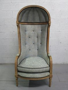 Antique Style Porters Hood Chair