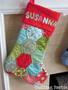 Since it is my little girl's first Christmas, a stocking was in order. I was inspired by Camille's, but I didn't use the pattern. I just machine pieced the hexes and copied the shap from my other stockings.    Fabrics are Kate Spain 12 days of Christma Tips on how to make money online (fast cash,massive profits, 100k a year) Learn more on www.a1-moneyweightmanagement.com