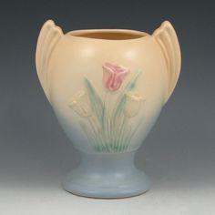 Hull Pottery Tulip Vase Hull Pottery, Tulips In Vase, Porcelain Dinnerware, Decorative Tile, Vintage Pottery, Stoneware, Mint, Ceramics, Cream