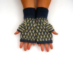 Fingerless Gloves  £29.50