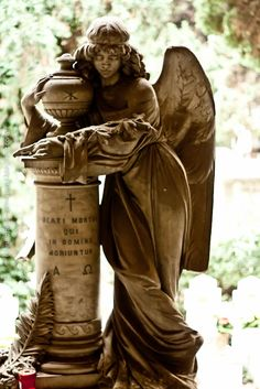 Camposanto Staglieno, Genoa, Italy- a tombstone. Even these beautiful statues will not last, acid rain will eventually wear them away. Cemetery Angels, Cemetery Statues, Cemetery Headstones, Old Cemeteries, Cemetery Art, Graveyards, Cemetery Monuments, Angels Among Us, Angels And Demons