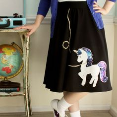 Get ready for Halloween with this cute fifties unicorn costume. This outfit is so great and perfect for anyone of any age! Applique Patterns, Applique Designs, Tween Halloween Costumes, Skirt Fashion, Fashion Outfits, Sewing Blogs, Sewing Projects, Unicorn Costume, Saddle Shoes