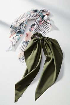 Hair Accessories Grab Your Gift Cards: These Are The Best After-Christmas Sales Headband Hairstyles, Diy Hairstyles, Best After Christmas Sales, Bow Tie Hair, Hair Scarf Styles, Twist Headband, Elastic Headbands, Hair Accessories For Women, Hair Jewelry