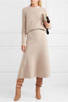Gabriela Hearst - Philippe cashmere and silk-blend bouclé sweater Silk Dress, Knit Dress, The Dress, Dress Skirt, Silk Skirt, Cos Dresses, Inspiration Mode, Skirt Outfits, Sweater Skirt Outfit