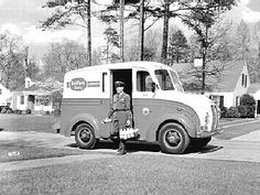 the milkman?  Yes and his name was Tony.  He worked for Florida Dairies (late 1950's)  Later we had a milkman from Hood Dairy.