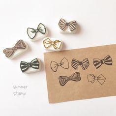 Homemade Stamps, Eraser Stamp, Stamp Carving, Fabric Stamping, Idee Diy, Diy Hair Accessories, Planner, Tampons, Linocut Prints