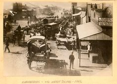 Johannesburg Market Square, 1886. Martin Plaut collection