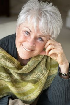 Byron Katie, educator/author at 70 aging, aging gracefully, positive aging… Haircut For Older Women, Short Hair Cuts For Women, Short Hairstyles For Women, Short Hair Styles, Short Haircuts, Long Hairstyles, Haircuts For Over 60, Popular Haircuts, Short Grey Hair