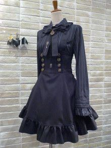 MIHO MATSUDA Estilo Lolita, Gothic Lolita Fashion, Victorian Fashion, Dress Outfits, Cool Outfits, Fashion Dresses, Cosplay Kawaii, Mode Alternative, Kawaii Clothes