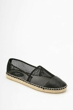 104d26d167ea Circus By Sam Edelman Lena Espadrille Flat - Urban Outfitters Shoes Flats  Sandals