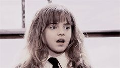 "rosetylecr: ""get to know me meme: female characters ♡ hermione granger (harry potter) ""Fear of a name only increases fear of the thing itself. Pretty Gif, Live Or Die, Harry Potter Gif, The Sorcerer's Stone, Harry Potter Aesthetic, Aesthetic Gif, Hermione Granger, Emma Watson, Female Characters"