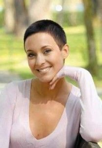 I Love very short hair on women and will post pics of haircuts that I would want my wife to have. Short Grey Hair, Short Hair Cuts For Women, Short Hair Styles, Very Short Haircuts, Girl Haircuts, Shaved Hair Cuts, Buzzed Hair, Pixie Hairstyles, Female Hairstyles