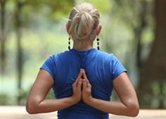 Unfreeze Your Shoulders with Yoga | The Art of Living | The Art Of Living Global