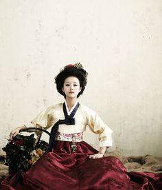 hair-- 한복 hanbok, Korean traditional clothes : Photo
