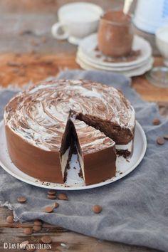 Schoko Creme Torte Black and White 15