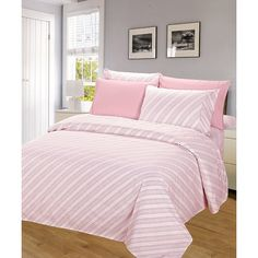 j&v textiles Pink Stripe Venetian Sheet Set ($19) ❤ liked on Polyvore featuring home, bed & bath, bedding, bed sheets, striped pillow cases, pink twin bedding, pink sheet set, stripe bedding and pink striped bedding