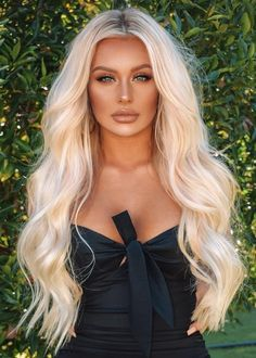 Apr 2020 - Women Lace Front Cap Human Hair Body Wave 28 Inches Wigs – wigsiu Blonde Pony, Beauté Blonde, Blonde Hair Looks, Light Blonde Hair, Honey Blonde Hair, Strawberry Blonde Hair, Blonde Highlights, Blonde Bangs, Short Blonde