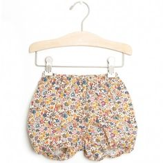 little lief puff shorts (floral)  A fetching short in a beautiful floral. With an easy on, easy off elasticated waist and legs, she can dress herself. Wear over her favorite color legging or tight. 100% Liberty of London cotton corduroy.