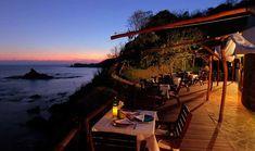 ZOA: El hotel oculto entre la playa y la montaña de Mazunte - Food & Pleasure Santorini, Azulik Tulum, Mexico Vacation, What To Pack, Where To Go, Boutique, Patio, Outdoor Decor, Vacations