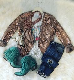 A boutique on the go for those blazin' their own trail through life -to- stay at home gypsies -- boho, gypsy, western style -- Rodeo Outfits, Western Outfits, Western Wear, Cute Outfits, A Boutique, Fashion Boutique, Country Style Outfits, Boho Fashion, Fashion Outfits