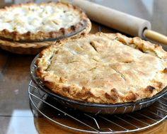 Elsah's Landing Grape & Green Apple Pie, a variation of American Apple Pie.