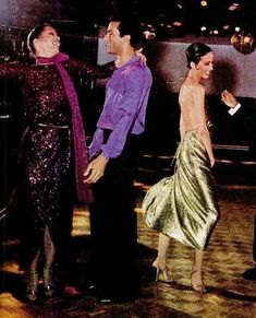 scott barrie designer | ... FRIENDs&GUESTs&CELEBRITIES.Fashion&Style:Stephen Burrows& Scott Barie Classic Fashion, Classic Style, 1970s Clothing, Black Fashion Designers, Studio 54, Friends, Cleveland, Ms, American