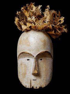 Fang Bikeghe Mask, Gabon
