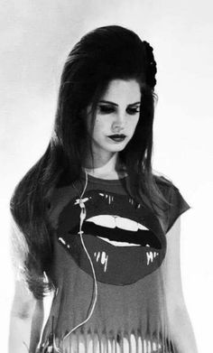 Lana Del Rey... Black And White.