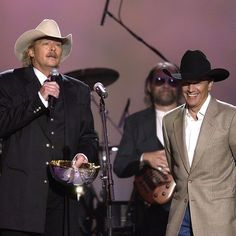 "Alan Jackson presenting George with ""Gene Weed Special Achievement Award"" at ""The Annual Academy of Country Music"" awards on May Alan Jackson Music, George Strait Family, Country Men, Country Life, George Jones, Country Music Singers, King George, Music Tv, Music Artists"