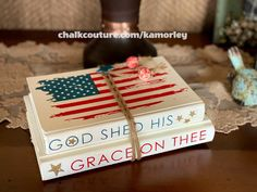 Chalkboard Lettering, Chalkboard Paint, Chalk Paint, Sunshine Crafts, Fun Ideas, Craft Ideas, Create Your Own Business, Old Book Pages, Patriotic Decorations