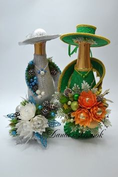 Tina's handicraft : 24 different ideas for wedding gadget Glass Bottle Crafts, Wine Bottle Art, Bottle Bag, Hobbies And Crafts, Diy And Crafts, Bottle Centerpieces, Bottles And Jars, Wrapped Wine Bottles, Plastic Bottles
