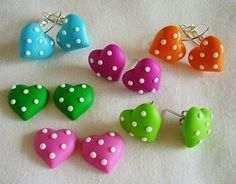 What's most important is that your precious jewelry matches up with your attire. Your precious jewelry is the ending up discuss your total look. Make your style statement count! Polymer Clay Kunst, Fimo Clay, Polymer Clay Projects, Polymer Clay Charms, Polymer Clay Creations, Polymer Clay Earrings, Clay Crafts, Cute Clay, Lollipop Lollipop