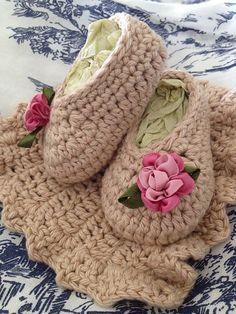 basic crochet slipper- free pattern