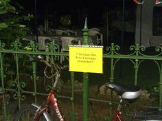 Fahrradfahrer = Anarchisten (Stephanstraße)