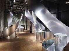 In- store design feature : Rolls / Sinato