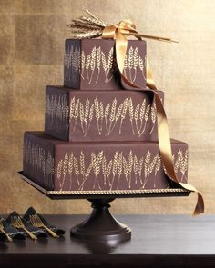 12 Chocolate Wedding Cakes That We're Sweet On