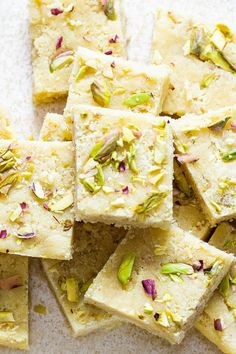 Keep this vegan almond burfi recipe at hand for whenever you need an easy yet special treat for the holidays! This Indian Almond Fudge is totally fool-proof to make within minites and makes for a great gift too. Gluten-free, soy-free. Vegan Gluten Free Desserts, Delicious Vegan Recipes, Yummy Food, Raw Pistachios, Burfi Recipe, Vegan Chef, Vegetarian, Almond Flour Recipes, Low Carb Sweets