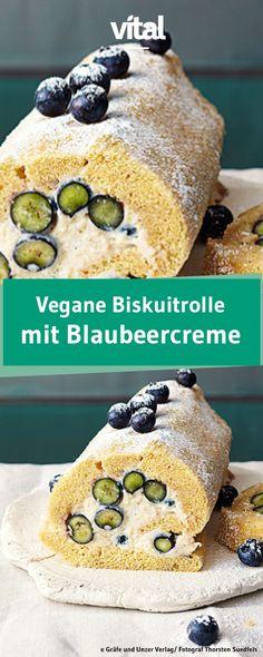 Biskuitrolle mal anders: Die vegane Creme aus Seidentofu wird mit Vanille Blaubeeren veredelt. Ein sommerliches Rezept, das ihr unbedingt ausprobieren solltet!