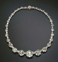AN IMPRESSIVE DIAMOND LINE NECKLACE Diamond Tiara, Diamond Jewelry, Diamond Cuts, Diamond Necklaces, Candy Necklaces, Jewelry Necklaces, Antique Jewelry, Vintage Jewelry, Necklace Price