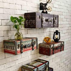 Vintage Leather Suitcase Shelves for wall decor These vintage suitcase will add characters to your home bar or cafe walls Vintage Industrial Decor, Vintage Decor, Retro Vintage, Industrial Style, Vintage Travel Decor, Antique Wall Decor, Vintage Cafe, Industrial Bedroom, Vintage Ideas