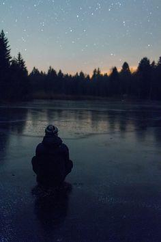 Un campamento con estrellas