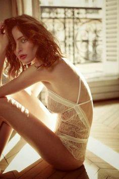 Fashion look november #wittybyprisca Dentelle sur body