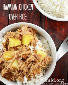 This hawaiian chicken over rice is the perfect easy family meal made in the crockpot. Yum! #lmldfood