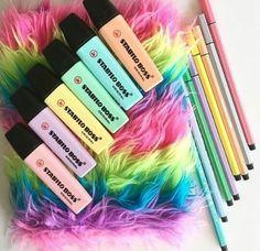 Stabillo cores pasteis  um arraso para voltar pras aulas  com tudo!!!😍😍
