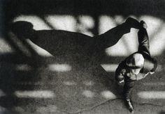 Alexander Rodchenko A passer-by Alexander Rodchenko, Modern Photography, Monochrome Photography, Russian Avant Garde, Soviet Art, Street Photographers, Wassily Kandinsky, Photo Reference, Photojournalism