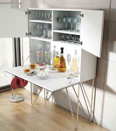 #bar #zuhause #drinks #cocktails #wein #cognac #hausbar #schrank