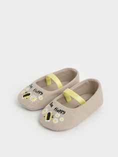 Summer 2020 Responsible Collection: Baby Girls' Bee Motif Ballerinas | CHARLES & KEITH SG Girls Shoes, Baby Shoes, S Girls, Baby Girls, Exclusive Shoes, Cute Flats, Charles Keith, Ballerina Flats, Mini Me